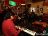 Tabasco_playing15