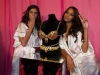 candice-swanepoel-10-million-bra-at-victorias-secret-fashion-show-13