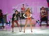 candice-swanepoel-10-million-bra-at-victorias-secret-fashion-show-2