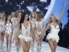 victorias-secret-fashion-show-2013-19
