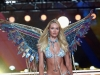candice-swanepoel-showed-off-her-wings