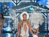 elsa-hosk-was-partially-prepared-for-the-cold-weather