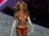 candice-swanepoel-10-million-bra-at-victorias-secret-fashion-show-22